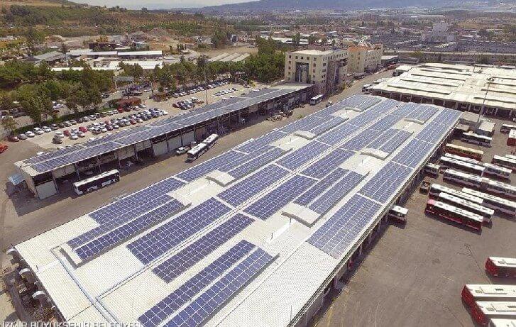 İzmir Büyükşehir Belediyesi ESHOT Tesisleri çatısı güneş enerjisi panelleri (GES)